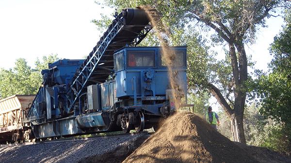 Material Handling train